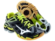 mizuno wave lightning кроссовки